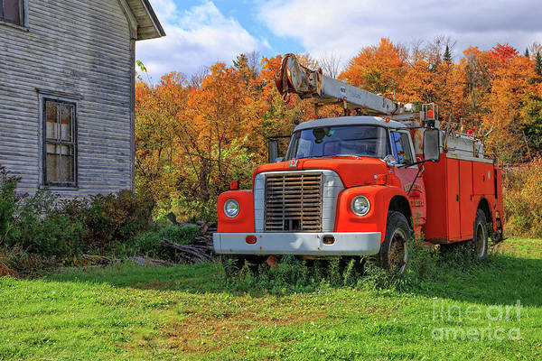 Fire Truck Photograph - Old Fire Truck In Vermont by Edward Fielding