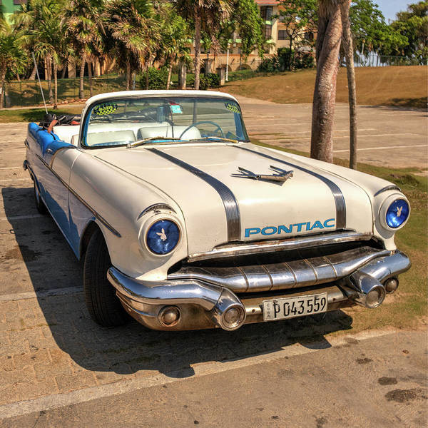 Photograph - Old Pontiac by Laura Hedien