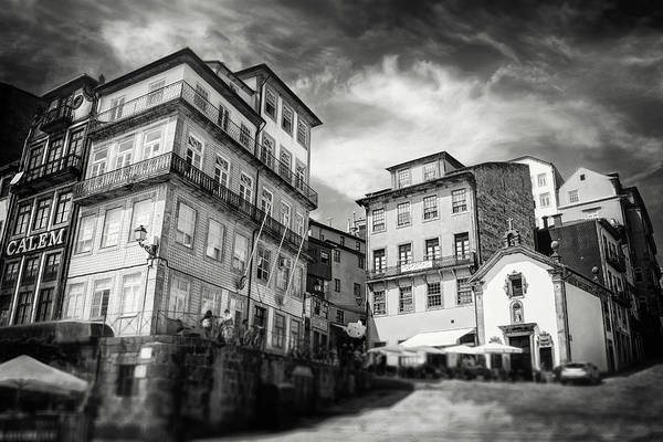 Old Ribeira Porto Portugal Black And White Art Print