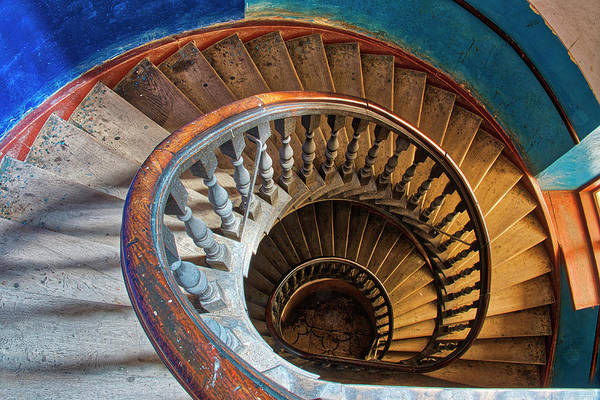 Photograph - Old Spiral Staircase by Fabrizio Troiani