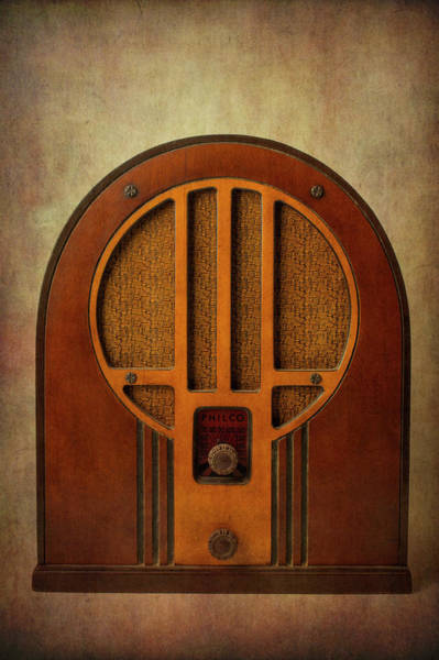 Wall Art - Photograph - Old Textured Radio by Garry Gay