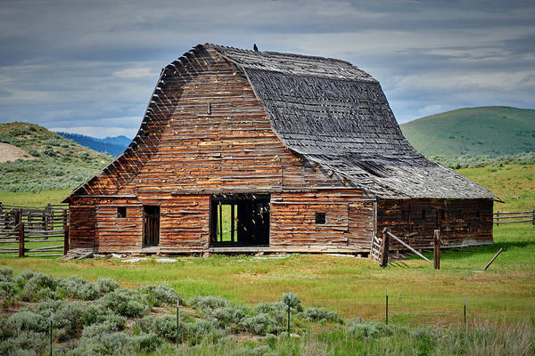 Wall Art - Photograph - Old Western Barn by Paul Freidlund