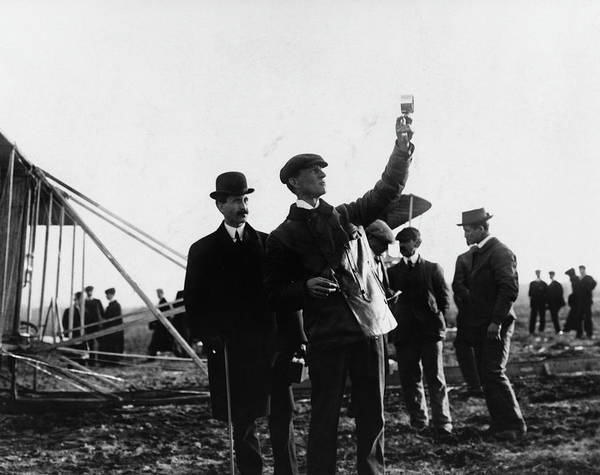 1900 Photograph - Orvile And Wilbur Wright by Fotosearch