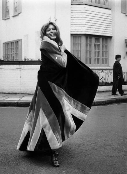 Fashionable Photograph - Ossies Fake Fur by Frank Barratt
