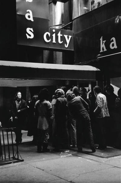 Crowd Photograph - Outside Maxs Kansas City by Fred W. McDarrah