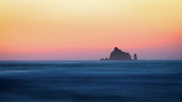 Photograph - Pacific Sunset by Hamish Mitchell