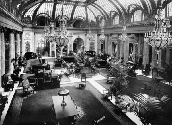 Wall Art - Photograph - Palace Hotel, C1907 by Granger