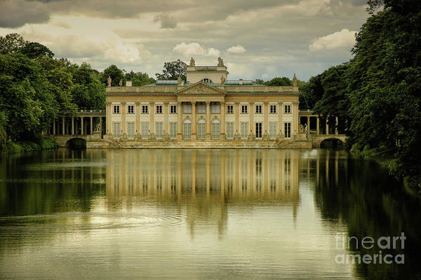 Queens Bath Photograph - Palace On The Water by Mariola Bitner
