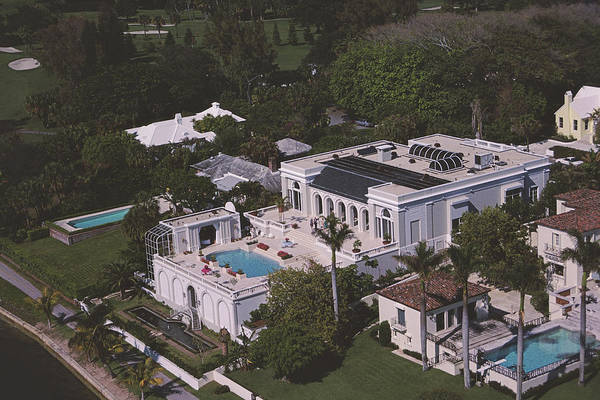 Palm Beach Photograph - Palm Beach Palace by Slim Aarons