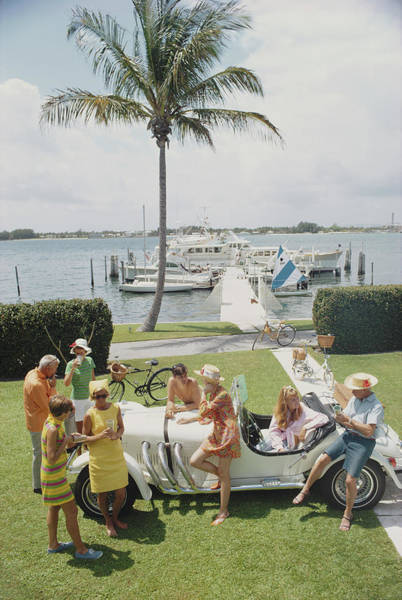 Group Of People Photograph - Palm Beach Society by Slim Aarons