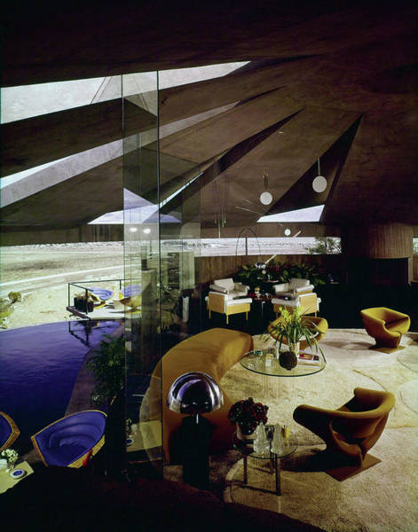 Photograph - Palm Springs Home Of Interior Designer Arthur Elrod, Interior by Leland Y Lee