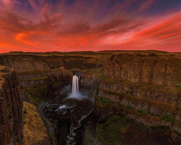 Photograph - Palouse Falls by Thomas Hall