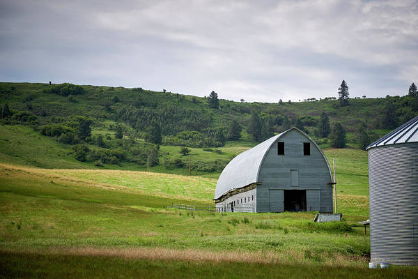 Wall Art - Photograph - Palouse Gray Barn by Paul Freidlund