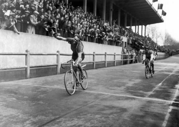 Belgium Photograph - Paris-roubaix 1948  Belgian Cyclist Van by Keystone-france