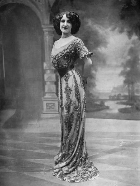 Evening Wear Photograph - Parisian Gown by Hulton Archive