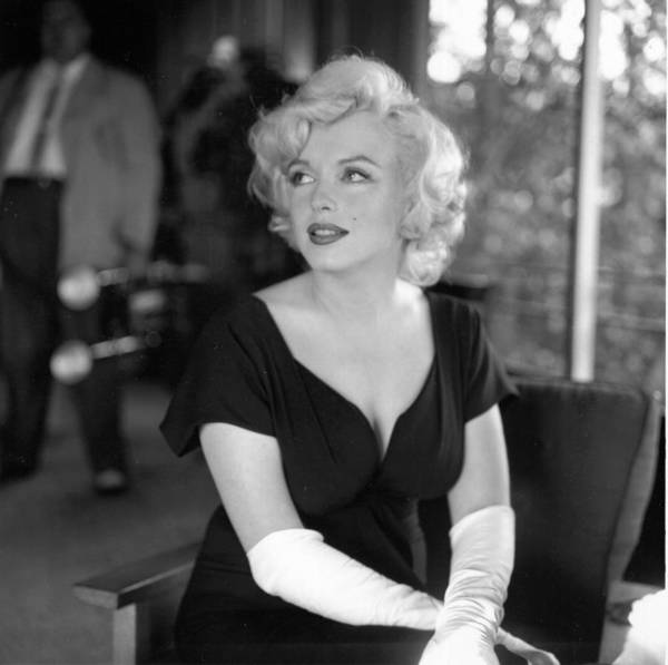 Beverly Hills Hotel Photograph - Party For Marilyn At Beverly Hills Hotel by Michael Ochs Archives