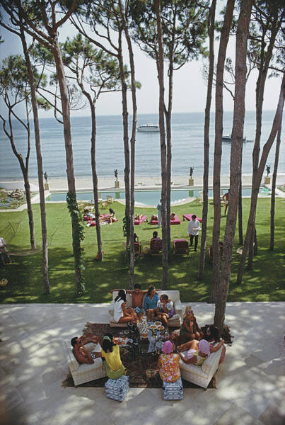 People Photograph - Party In Marbella by Slim Aarons