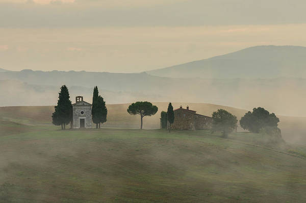 Photograph - Pastel Sunrise In Toscany by Jaroslaw Blaminsky