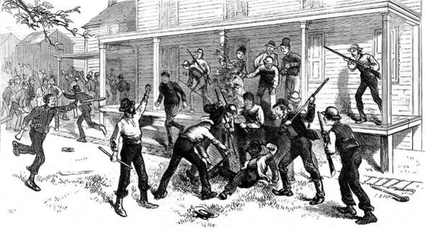 Wall Art - Photograph - Pattenburg Race Riot, Killing On Mrs by Science Source