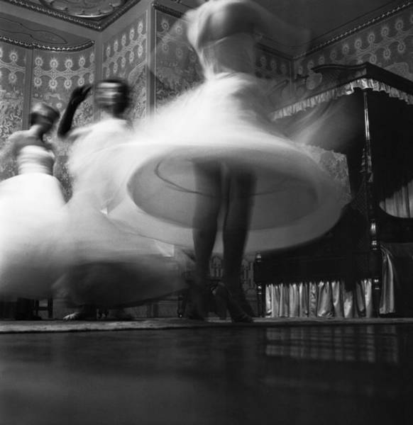 Pavilion Photograph - Pavilion Blur by Thurston Hopkins
