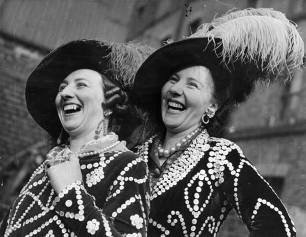 English Culture Photograph - Pearly Queens by Bert Hardy