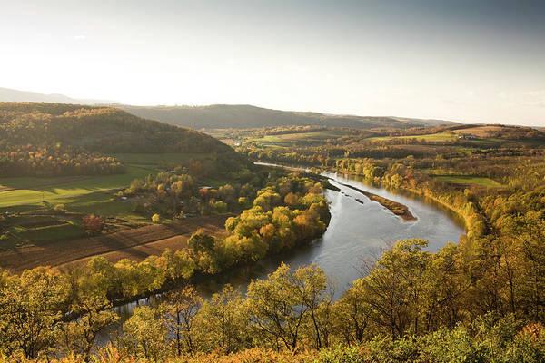 Urban Wildlife Photograph - Pennsylvania Valley In Autumn by Pgiam