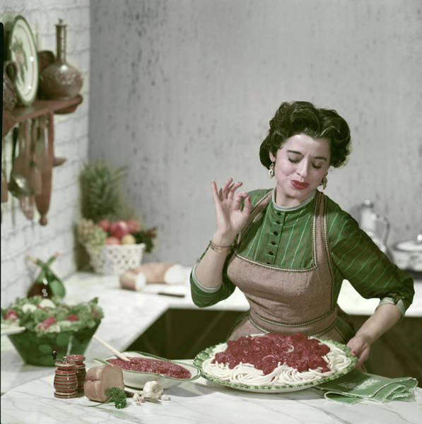 Apron Photograph - Perfecto by Tom Kelley Archive