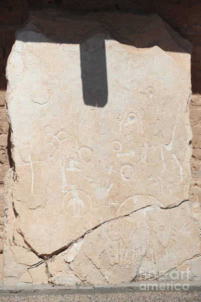Wall Art - Photograph - Petroglyphs Images Carving Engraving Overton Nevada  by Chuck Kuhn
