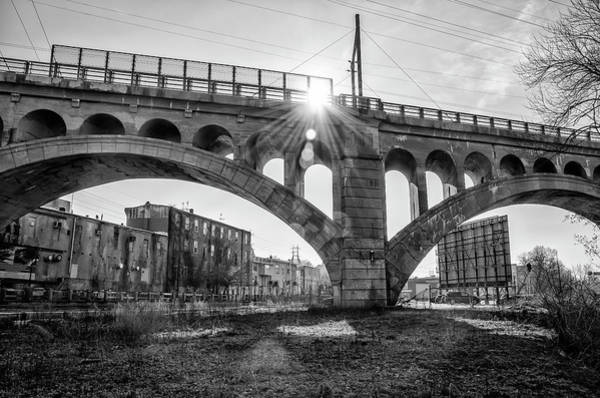Photograph - Philadelphia Black And White - Manayunk Bridge by Bill Cannon
