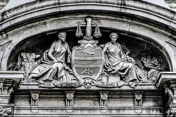 Photograph - Philadelphia City Seal - City Hall  by Bill Cannon