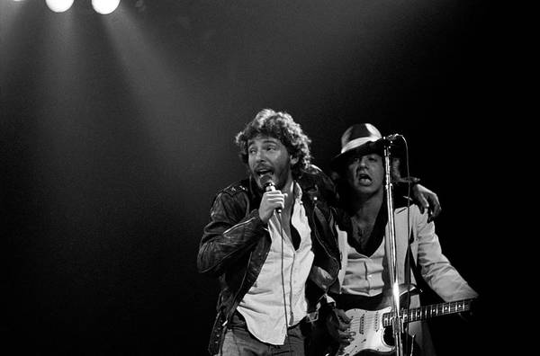 Photograph - Photo Of Bruce Springsteen And Steven by Fin Costello