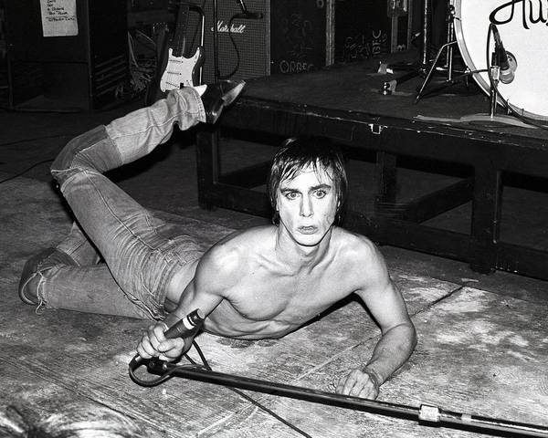 Shirtless Photograph - Photo Of Iggy Pop by Larry Hulst