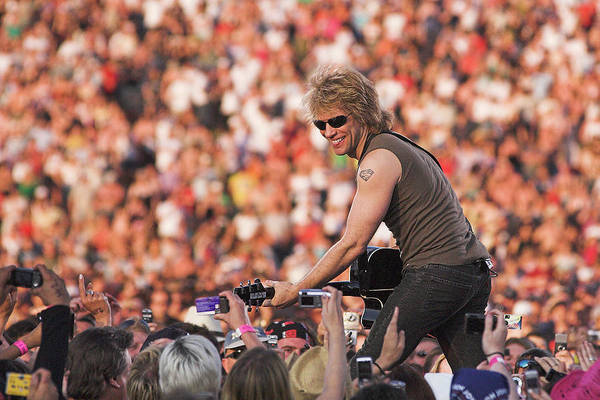 Wall Art - Photograph - Photo Of Jon Bon Jovi And Bon Jovi by Neil Lupin