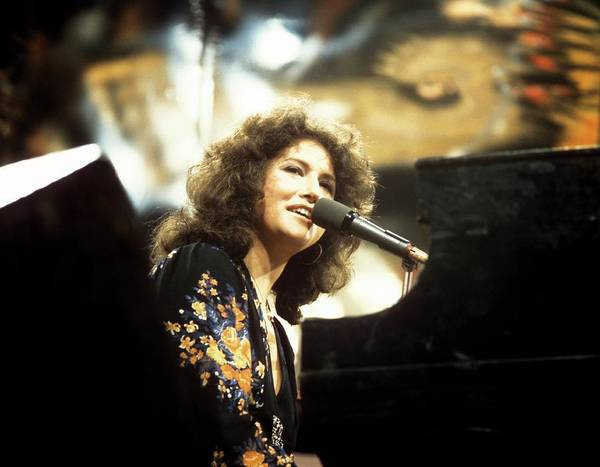 Manchester Photograph - Photo Of Melissa Manchester by David Redfern