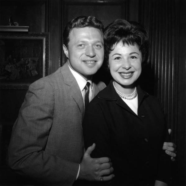 Lawrence Photograph - Photo Of Steve Lawrence And Eydie Gorme by Richi Howell
