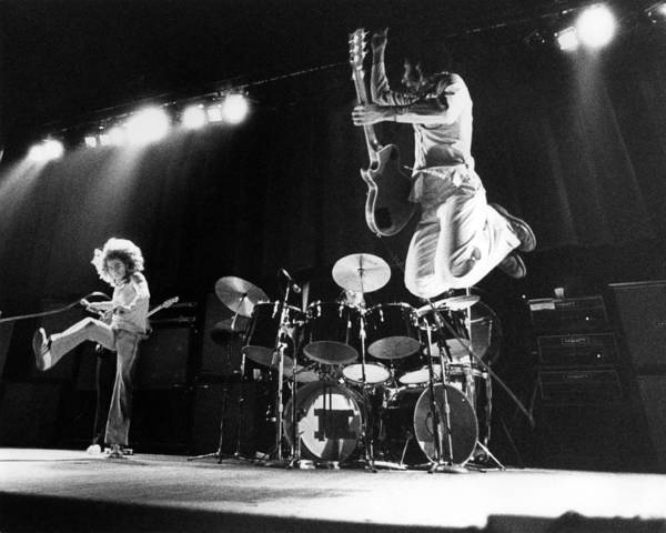 Jumping Photograph - Photo Of Who And Roger Daltrey And Pete by David Redfern