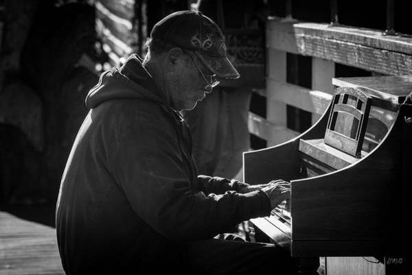 Photograph - Piano Man I Bw by David Gordon