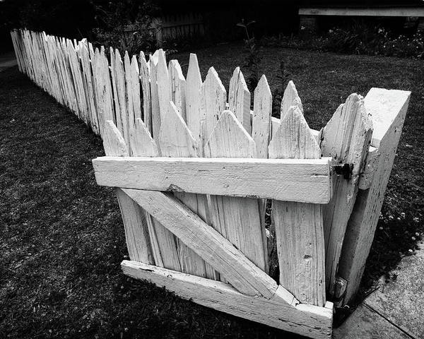 Photograph - Pickett Fence by Jim Mathis