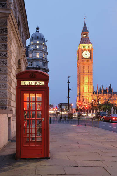 London Phone Booth Wall Art - Photograph - Picture Of A Red Phone Booth With Big by S. Greg Panosian