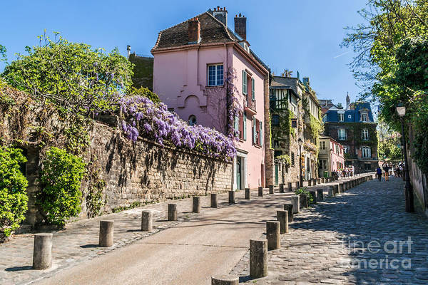 Wall Art - Photograph - Picturesque House On The Montmartre by Kiev.victor