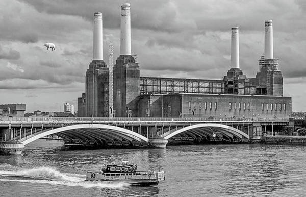 Wall Art - Photograph - Pink Floyd Pig At Battersea Power Station by Dawn OConnor