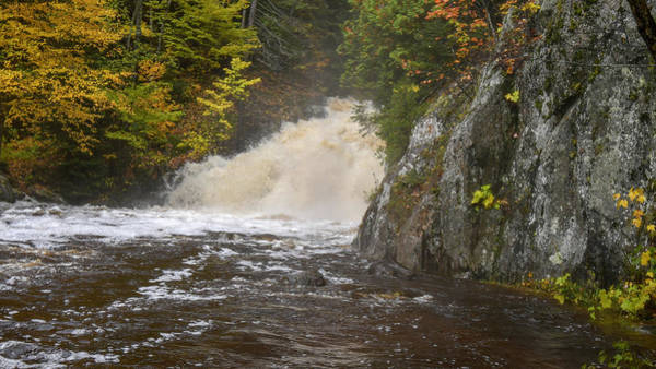 Photograph - Pinnacle Falls 10121801 by Rick Veldman