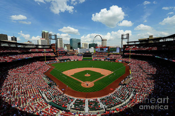 Photograph - Pittsburgh Pirates V St Louis Cardinals by Jeff Curry