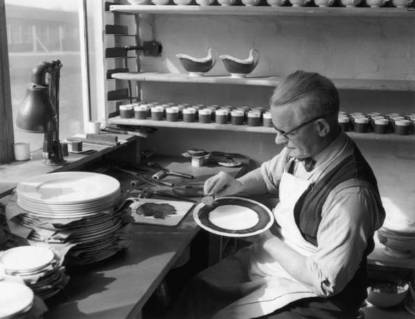 Workshop Photograph - Plate Painter by L Blandford