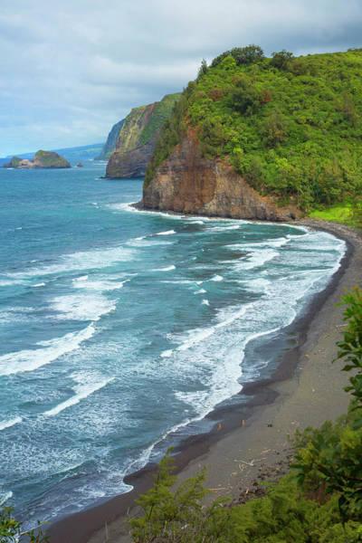 Big Island Photograph - Pololu Valley, North Kohala, Big by Danita Delimont