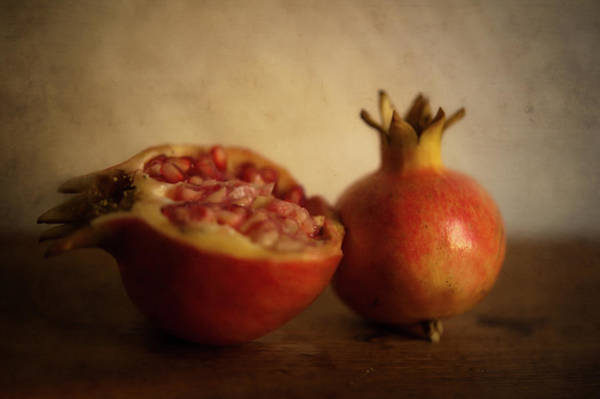 Wood Photograph - Pomegranate by Alexandre Fp