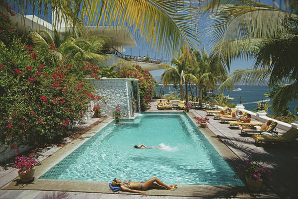 Group Of People Photograph - Pool At Las Hadas by Slim Aarons