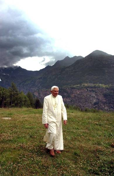 Photograph - Pope Benedict Xvi Begins Vacation In by Eric Vandeville