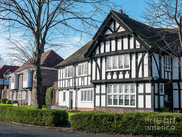 Photograph - Port Sunlight Tudor Style by Brenda Kean