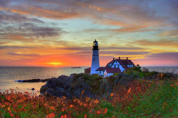 Photograph - Portland Head Lighthouse Sunrise by Joann Vitali